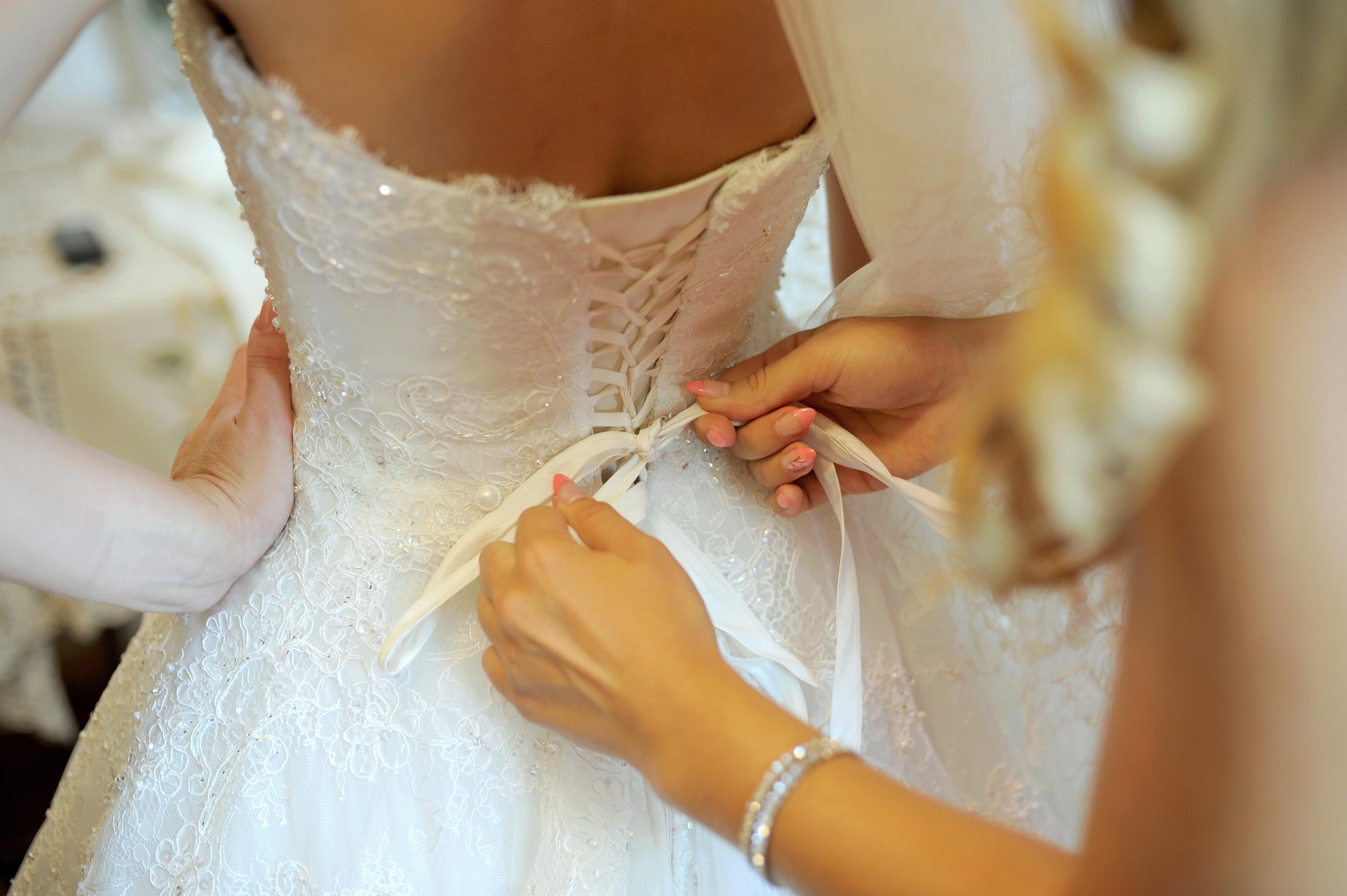schnell abnehmen für die schlanke Taille im Hochzeitskleid