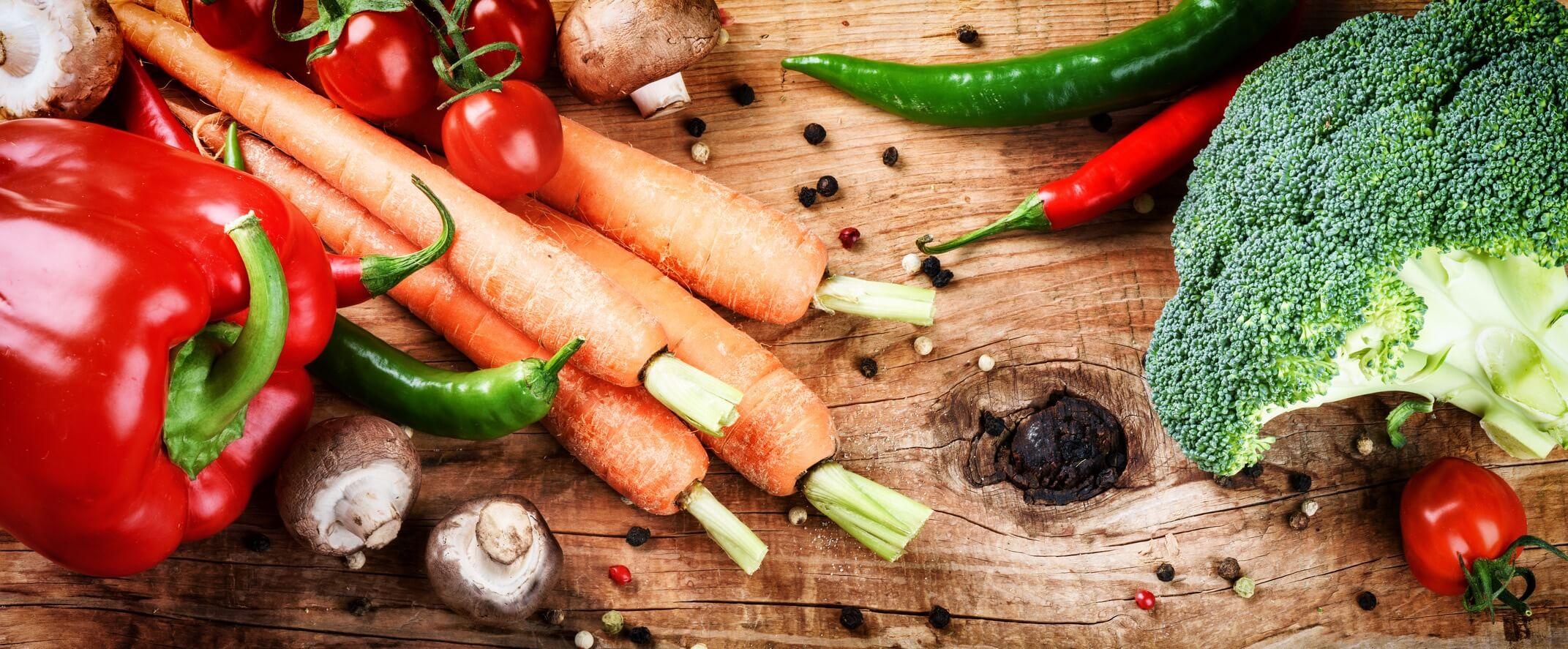 frisches Gemüse auf dem Tisch