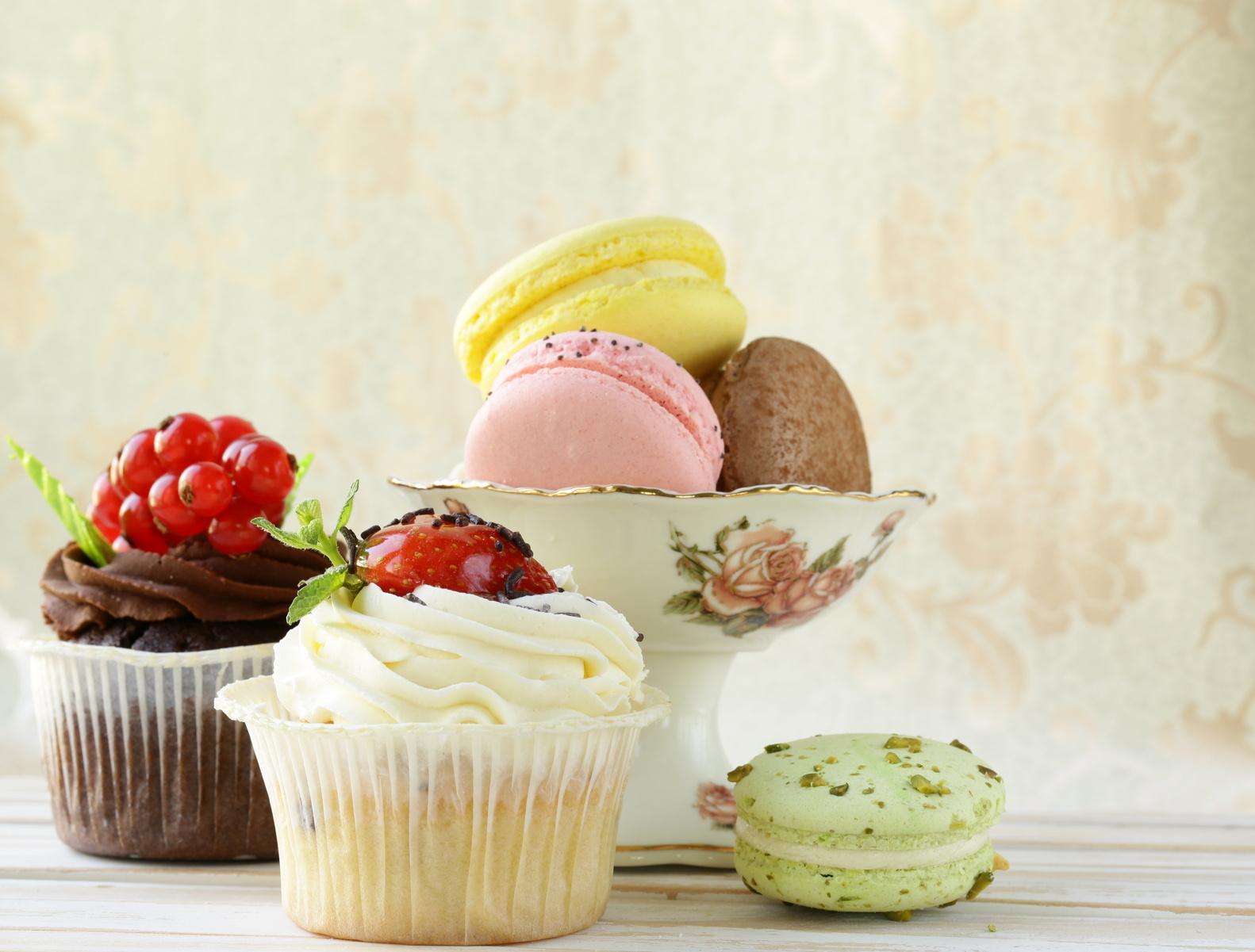 BodyChange LoadDay mit Cupcakes und Macarons