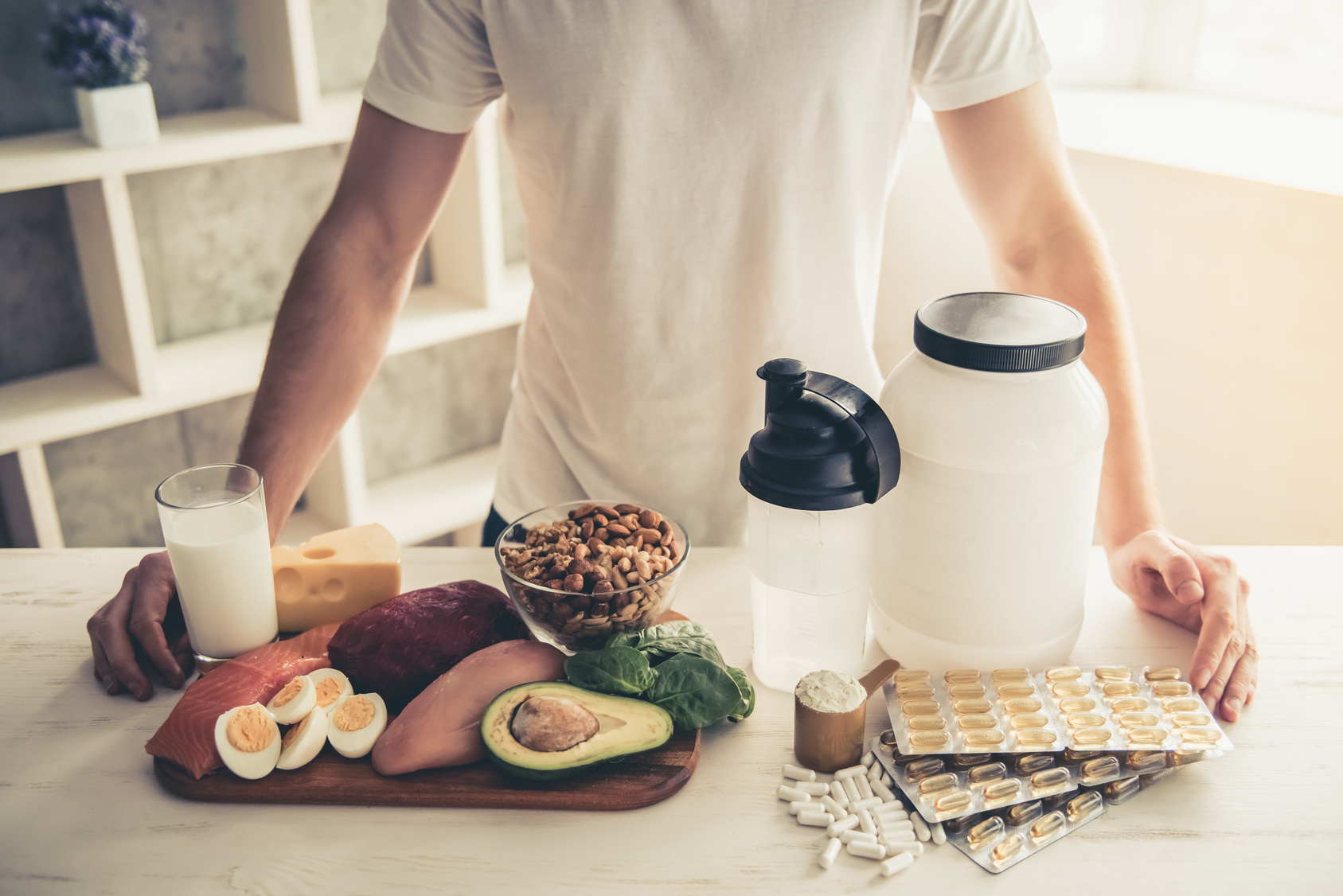Nahrungsergänzungsmittel vs. eiweißreiche Ernährung